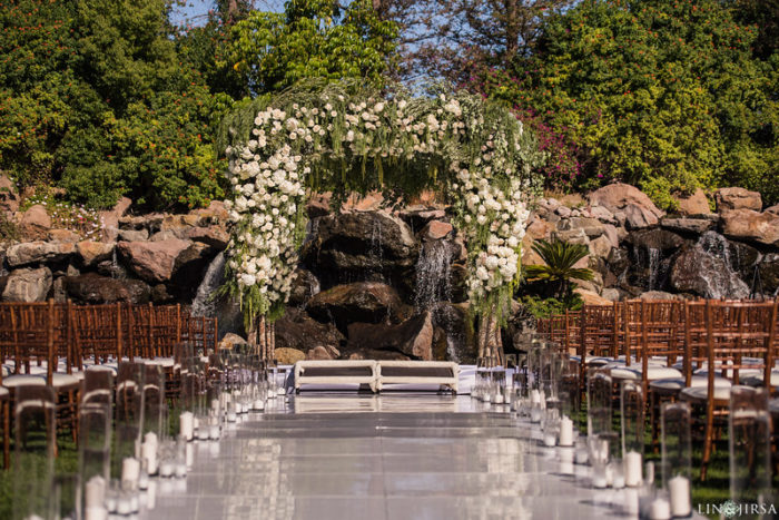 rustic amaranthus white rose chuppah waterfall four seasons westlake village best chuppahs